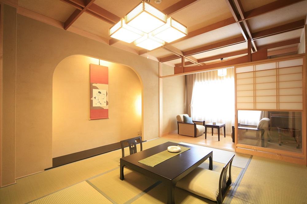 cena tradizionale giapponese in ryokan